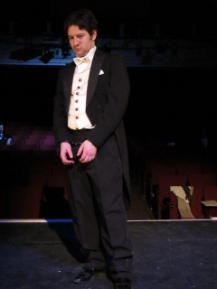 Robert DaPonte as Houdini photo EgoPo